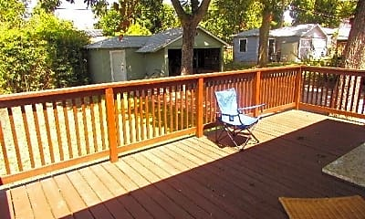 Patio / Deck, 307 Pershing Ave, 2
