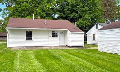 Building, 355 Erskine Ave, 1