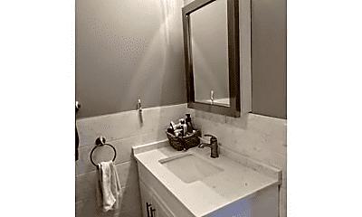 Bathroom, 107 Neponset Ave, 2