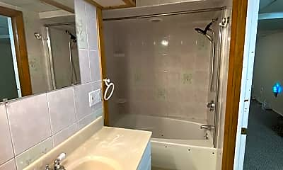 Bathroom, 203 Eastern Avenue, 2