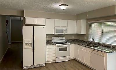 Kitchen, 532 Kent Dr, 0