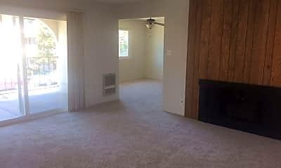 Living Room, 471 Juana Ave, 1