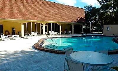 Pool, 500 NE 2nd St 417, 2