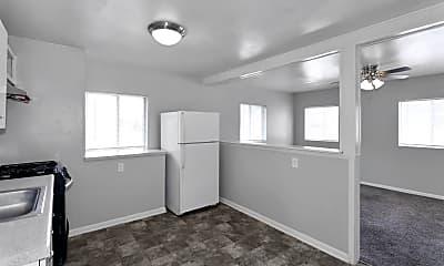 Living Room, 2807 Merriam Ln, 0