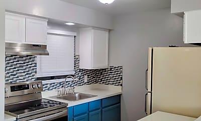 Kitchen, 100 Laurel Pl, 0