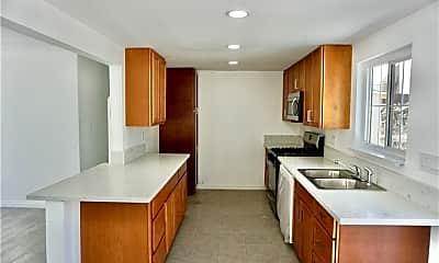 Kitchen, 18431 Roslin Ave, 1