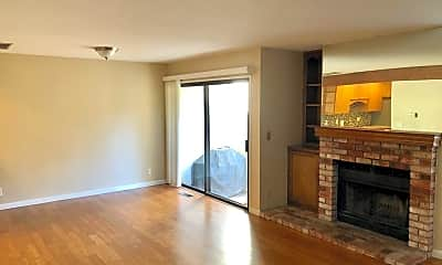 Living Room, 2111 Rancho McCormick Blvd, 1