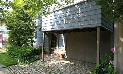 Building, 7 N Delavan Ave, 0