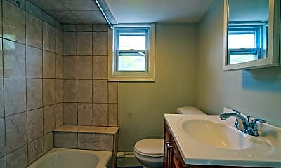 Bathroom, 140 Davenport St 2, 2