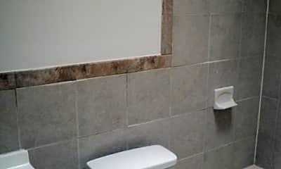Bathroom, 831 L St NE, 2