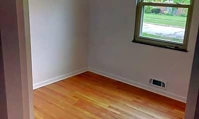 Living Room, 6397 Kingsdale Blvd, 2