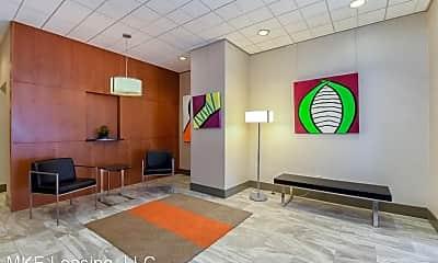 Living Room, 1707 N Prospect Ave, 2
