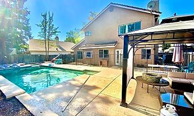 Pool, 7525 Ryland Ct, 2