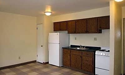 Kitchen, 2522 Columbia Ave, 1