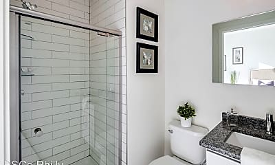 Bathroom, 2617 W Girard Ave, 1