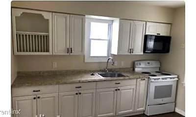 Kitchen, 4544 Bankhead Ave, 1