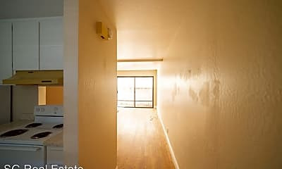 Building, 848 San Carlos Ave, 1