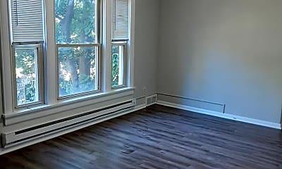 Living Room, 508 S St Joseph St, 1