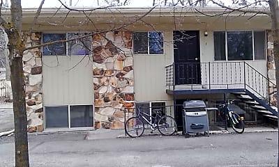 Building, 571 E 500 N, 2