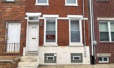 Building, 2035 Manton St, 2