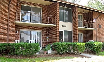 Building, Collinswood Lake Apartments, 0