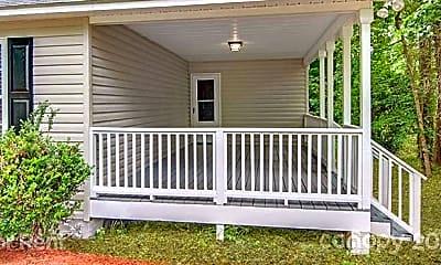 Patio / Deck, 428 Cloverdale Dr, 1