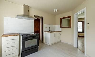 Kitchen, 2501 E Stratford Ct, 1