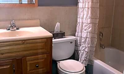 Bathroom, 2200 Arbor Cir 2, 2