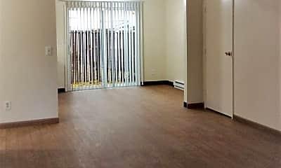 Living Room, 12713 SE Powell Blvd, 0