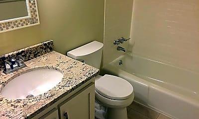 Bathroom, 45 Aiken St D, 2