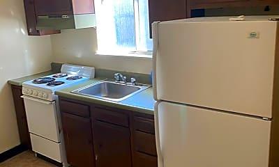 Kitchen, 1009 Lilac St, 1