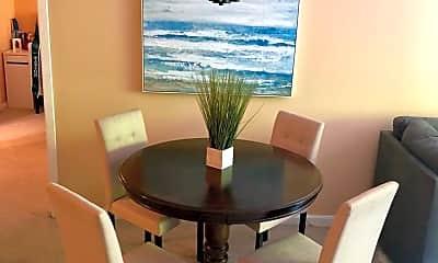 Dining Room, 4975 Washington St, 2