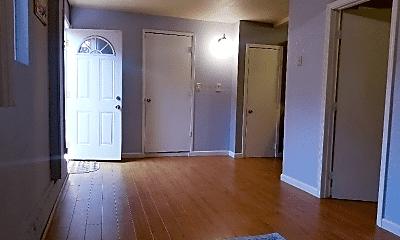 Living Room, 6013 Meridian Ave, 0