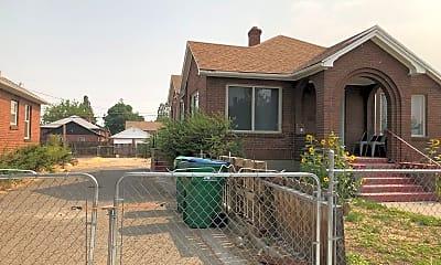 580 Stewart Street, 2