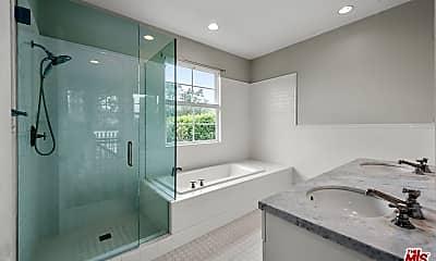 Bathroom, 28910 Hampton Pl, 2
