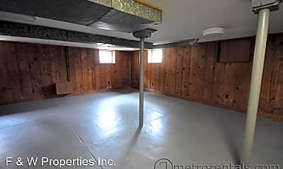 Living Room, 460 Rhoads Ave, 2