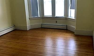 Living Room, 98 Main St, 0