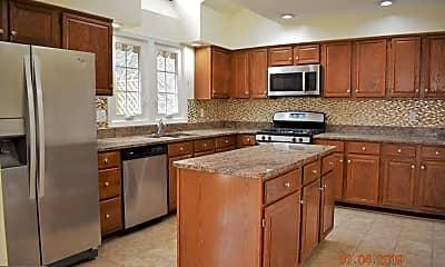 Kitchen, 14320 Shoreham Dr, 1