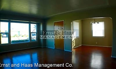 Living Room, 12911 Whitewood Ave, 1