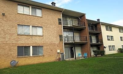 Woodlawn Garden Apartments, 0