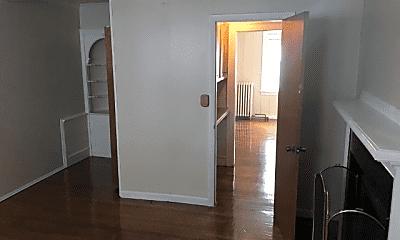 Bathroom, 765 Whitney Ave, 2