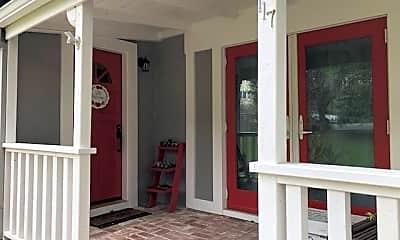 Patio / Deck, 117 Auburn St, 1
