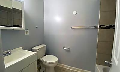 Bathroom, 8023 S Ellis Ave, 0