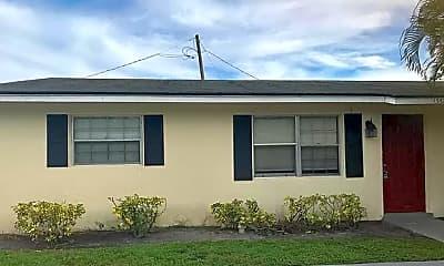 Building, 1352 Park Ln, 0