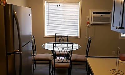 Dining Room, 1020 Douglas Dr N, 0