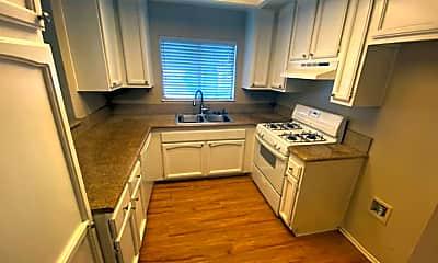 Kitchen, 12948 Sycamore Village Dr, 1