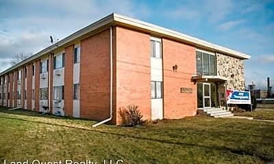 Building, 2400 Northwestern Ave, 1