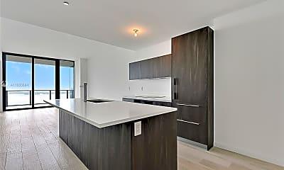 Kitchen, 480 NE 31st St 4005, 1