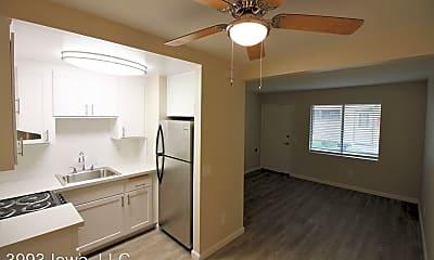 Living Room, 3993 Iowa Ave, 2