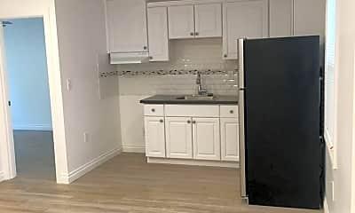 Kitchen, 1847 N Cherokee Ave, 1